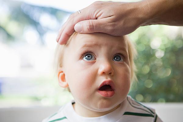 مجلة جنى ماذا افعل عند سقوط الطفل على جبهته